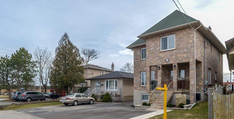 1022 Westmount Avenue, Toronto