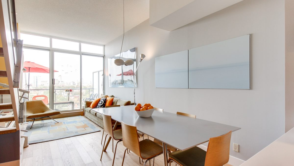 11_diningroom1