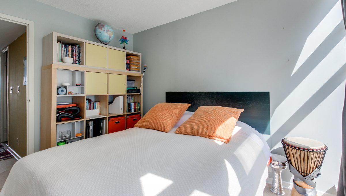 28_2ndbedroom2