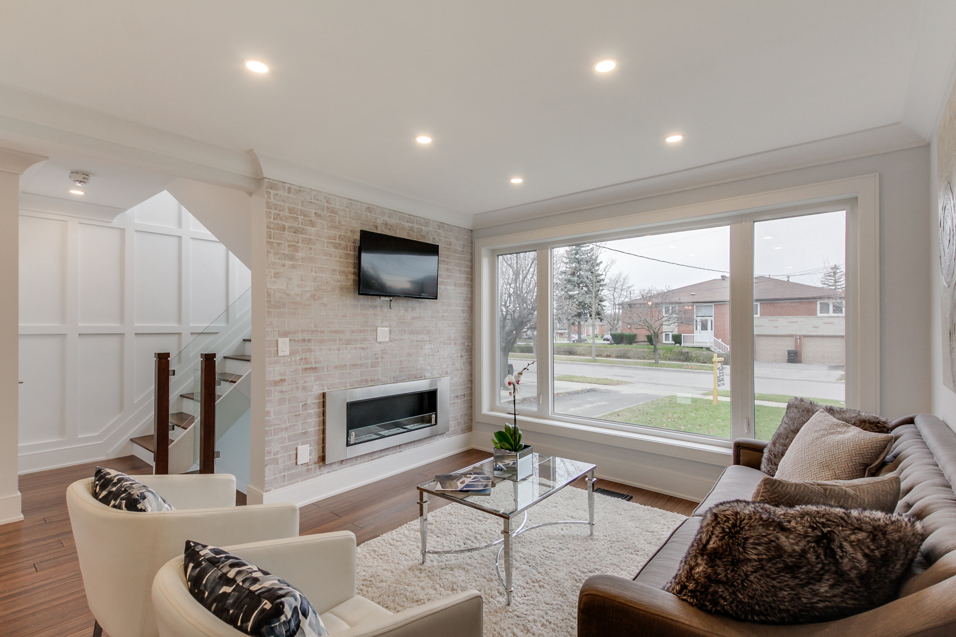 5 jaymar place pelmo park toronto anthony gallippi for 12 by 14 living room
