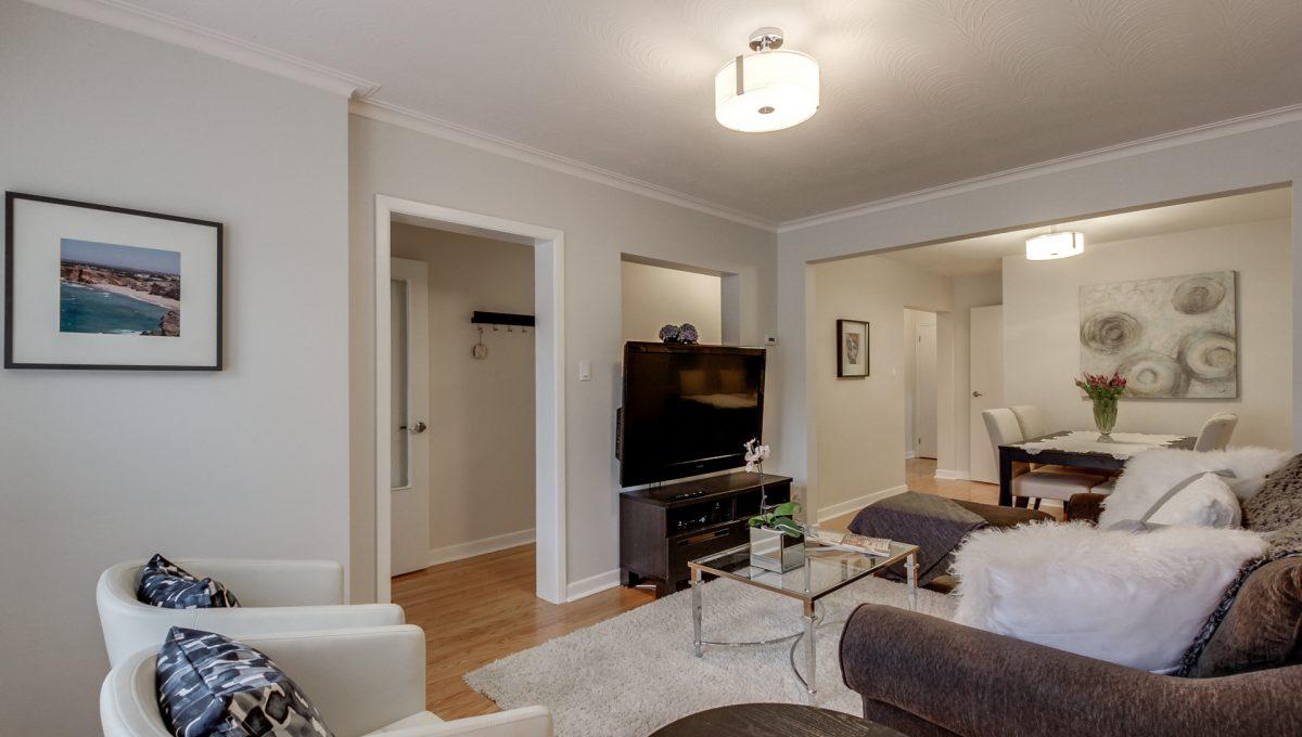 32_livingroom