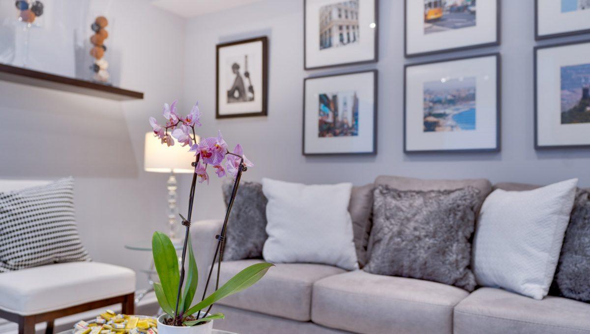 12_livingroom