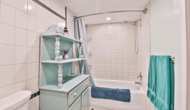 36_Bathroom